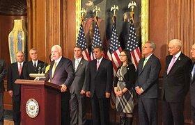 Сенатор Маккейн: многие страны ищут способ уйти от санкций против России