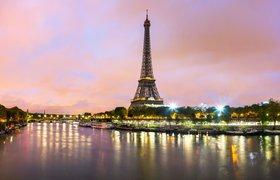 Акционеры ЮКОСа добились ареста участка Кремля в Париже, где строится православный центр
