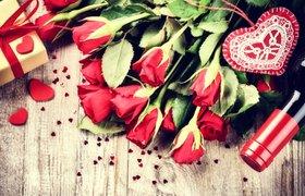 Необычные розы к 8 марта: букеты за $13 тысяч, английский шарм и радужные бутоны