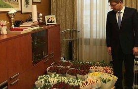 Мэр Риги Нил Ушаков готовится поздравлять коллег с 8 марта