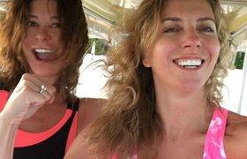 Президент World Class Ольга Слуцкер (слева) с подругой Светланой Бондарчук в отпуске на Мальдивах