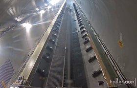 Hyperloop One показала первое тестирование внутри готовой трубы с вакуумом и первые фото капсулы