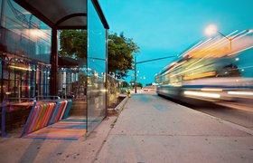Безрельсовые трамваи, автономные капсулы, летающее такси — как мир переходит на транспорт будущего