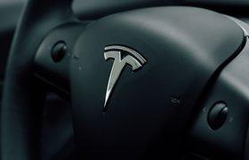 Tesla вновь перенесла выпуск электрокаров Cybertruck, Roadster и Semi