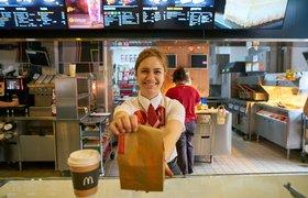 «Повлияла пандемия»: «Макдоналдс» рассказал о любви россиян к курице и кофе