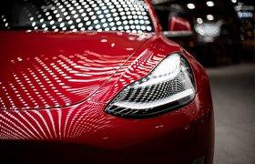 Илон Маск рассказал, что хотел продать Tesla Apple, но Тим Кук отказался от встречи