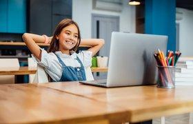 GeekBrains запускает онлайн-курсы для детей и подростков по ИИ и креативному мышлению