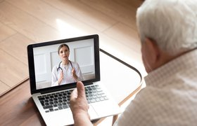 «А мама приняла свои лекарства?»: как технологии помогают присматривать за пожилыми людьми во время карантина