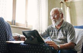 От голосовых помощников до девайсов: что ждет рынок технологий для пожилых людей