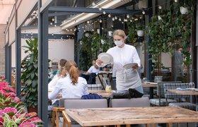 Власти Москвы оценили падение выручки ресторанов Москвы в 15-20% после введения QR-кодов