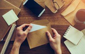 ЦБ счел неприемлемой рассылку кредитных карт по почте после жалоб клиентов «ОТП-банка»