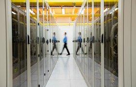 Вынужденная безработица, тяжелый труд и низкая оплата: что рассказывают работники дата-центров Google