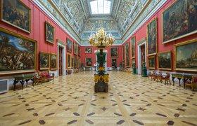 Эрмитаж продаст на аукционе NFT-копии картин Ван Гога и да Винчи