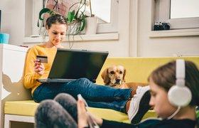 Возрождение магазинов на диване: будущее соцсетей за стриминг-продажами