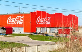 Российские заводы Coca-Cola запустили пилотный проект с «умными» очками Epson