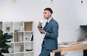 Россияне назвали самых стильных офисных сотрудников