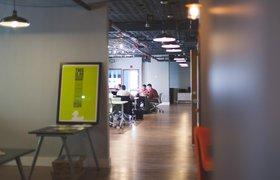 РБК: «Райффайзенбанк» и «Альфа-банк» планируют купить дополнительные офисы для IT-отделов