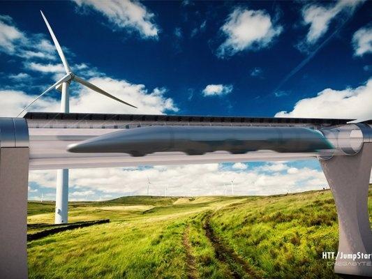 Официально Маск не занимается разработкой концепции высокоскоростной системы пассажирских перевозок Hyperloop, однако он много вложил в саму идею