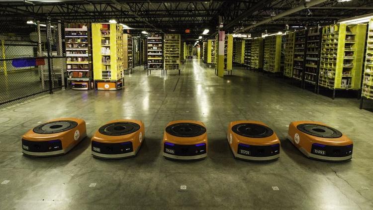 Amazon удалось загод «трудоустроить» 15 тыс. роботов