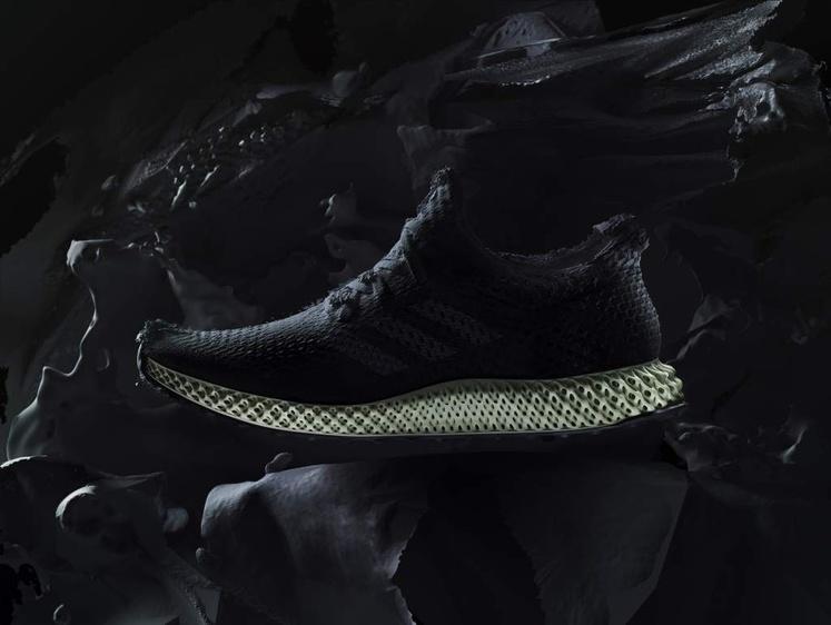 Adidas запускает впроизводство обуви 4D-печать