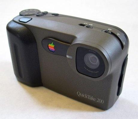 Фотоаппарат Apple QuickTake (1994-1997)