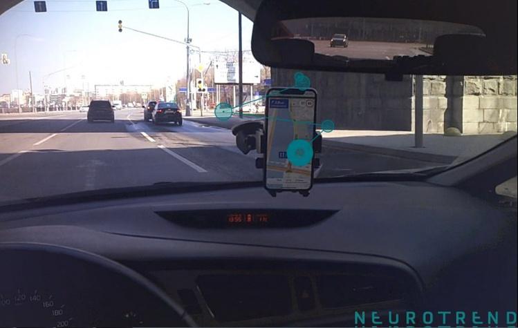 Водители замечают рекламу в навигаторе в 6 раз чаще, чем на билбордах — исследование