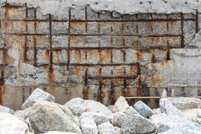 рак бетона, ржавая арматура, разрушение железобетона