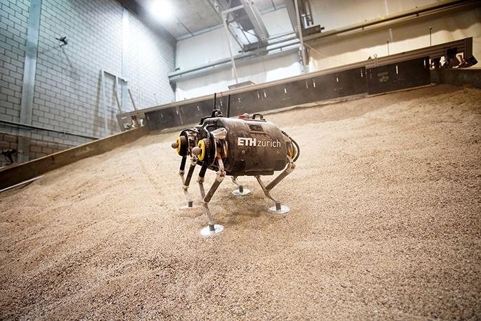 Робот SpaceBok