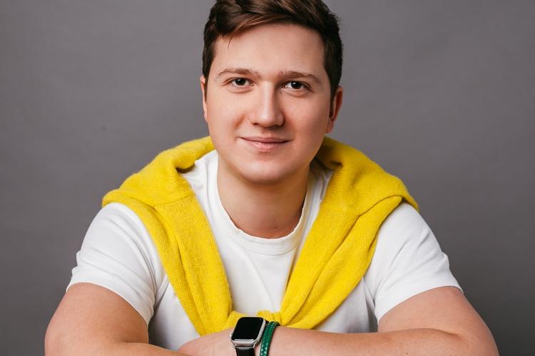 Илья Кобяков
