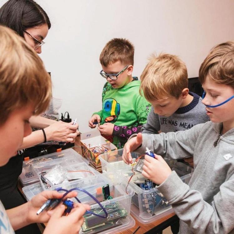 Обучение в лагере Инкубатор Изобретателей
