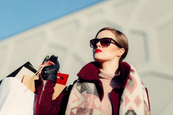 шоппинг, девушка с покупками