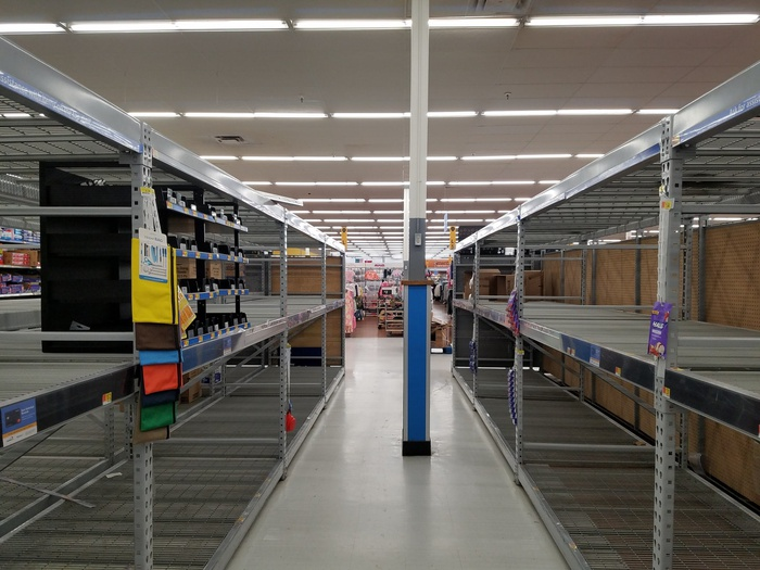 пустые полки, супермаркет, поставки