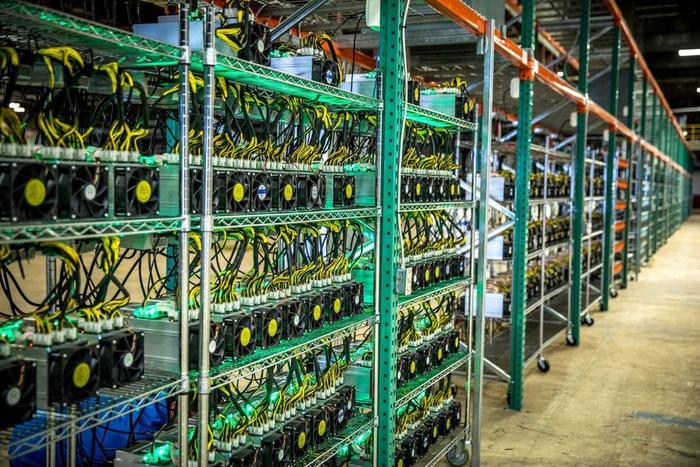 майнинг, криптоферма, добыча биткоинов