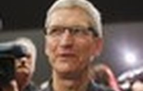 Глава Apple зарабатывал в 2011 году 42 тысячи долларов в час