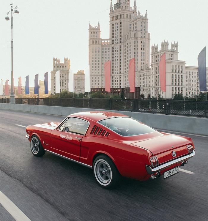 """В """"Яндекс.Драйве"""" появились Ford Mustang"""